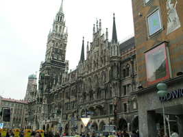 Munich, Germany – Glockenspiel